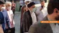 ورود رییسی به حوزه رایگیری مسجد جامع شهرری/ فیلم